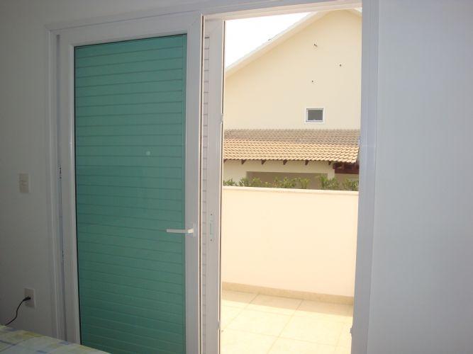 Porta De Correr Para Quarto De Vidro ~   Quarto 1  Porta de Correr 03 folhas de PVC (2 venezianas e 1 de vidro
